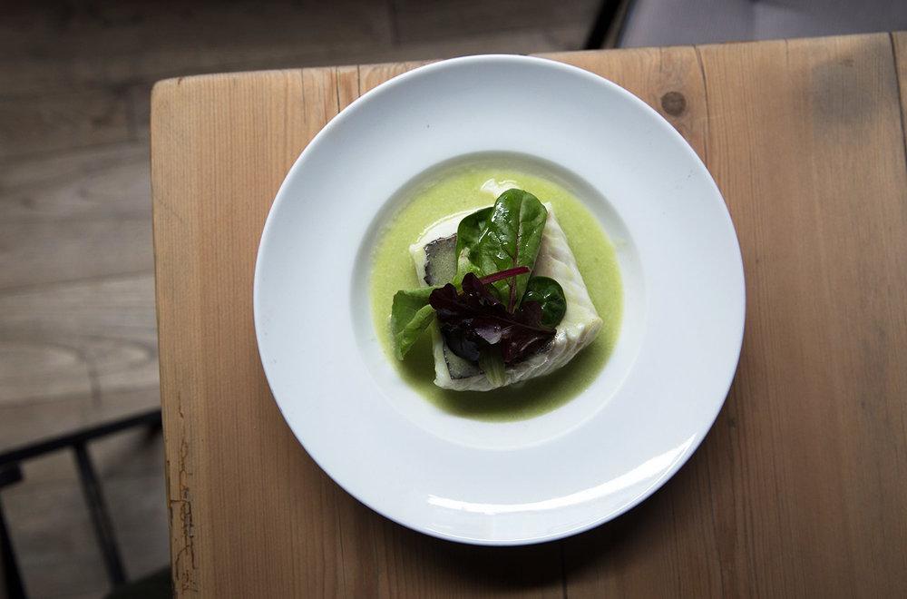 Merluza en salsa verde, restaurante Gloria