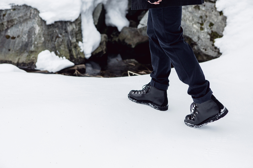 Danner_wings+horns_Snow_5.jpg