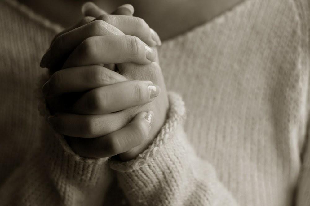 pray hands 2
