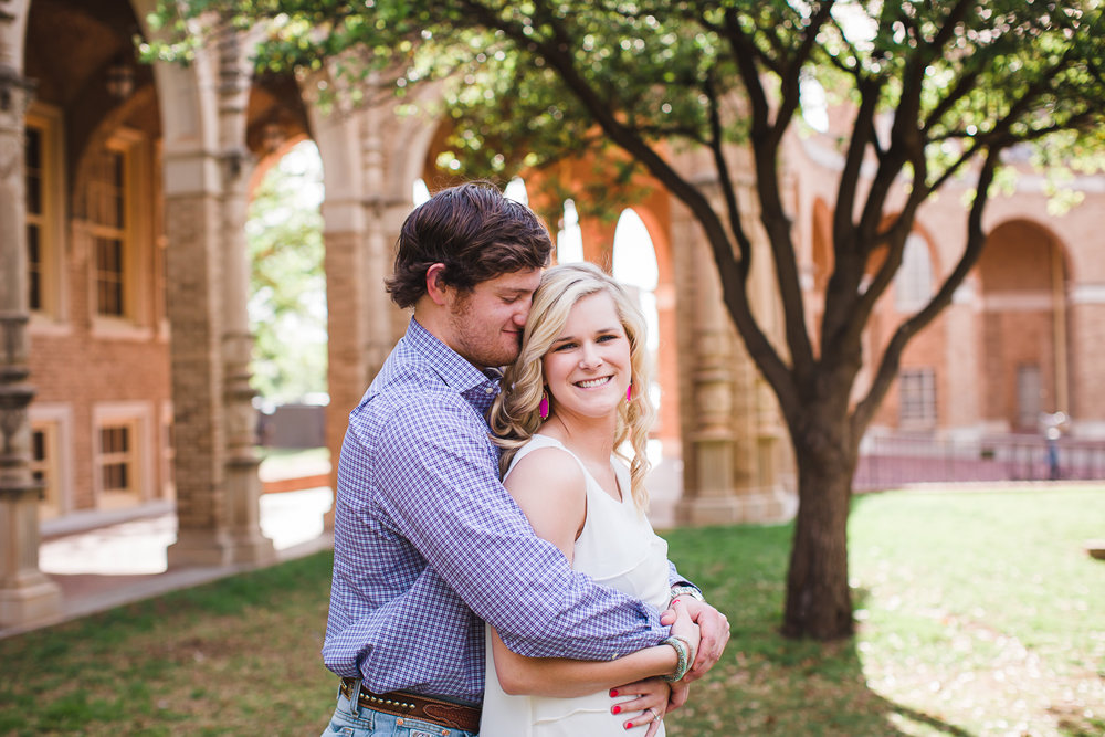 Lubbock-engagement-photos