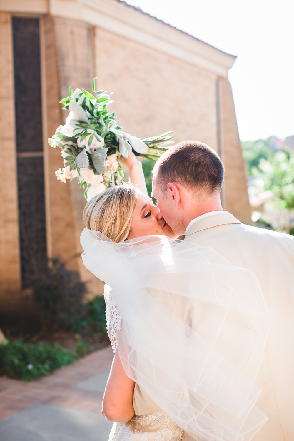 first-christian-church-lubbock-wedding