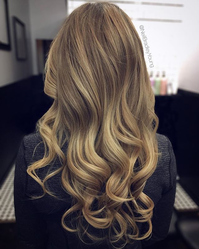 Thanks so much to my fabulous new client for walking this truly stunning head of hair into the salon for me to work on! #bestlonglayerssanfrancisco #bestlonghairstylist #besthairstylist #besthairsalon #sanfrancisco #bayarea #blonde #thickhair #curls #hairenvy #hairgoals #hairfordays