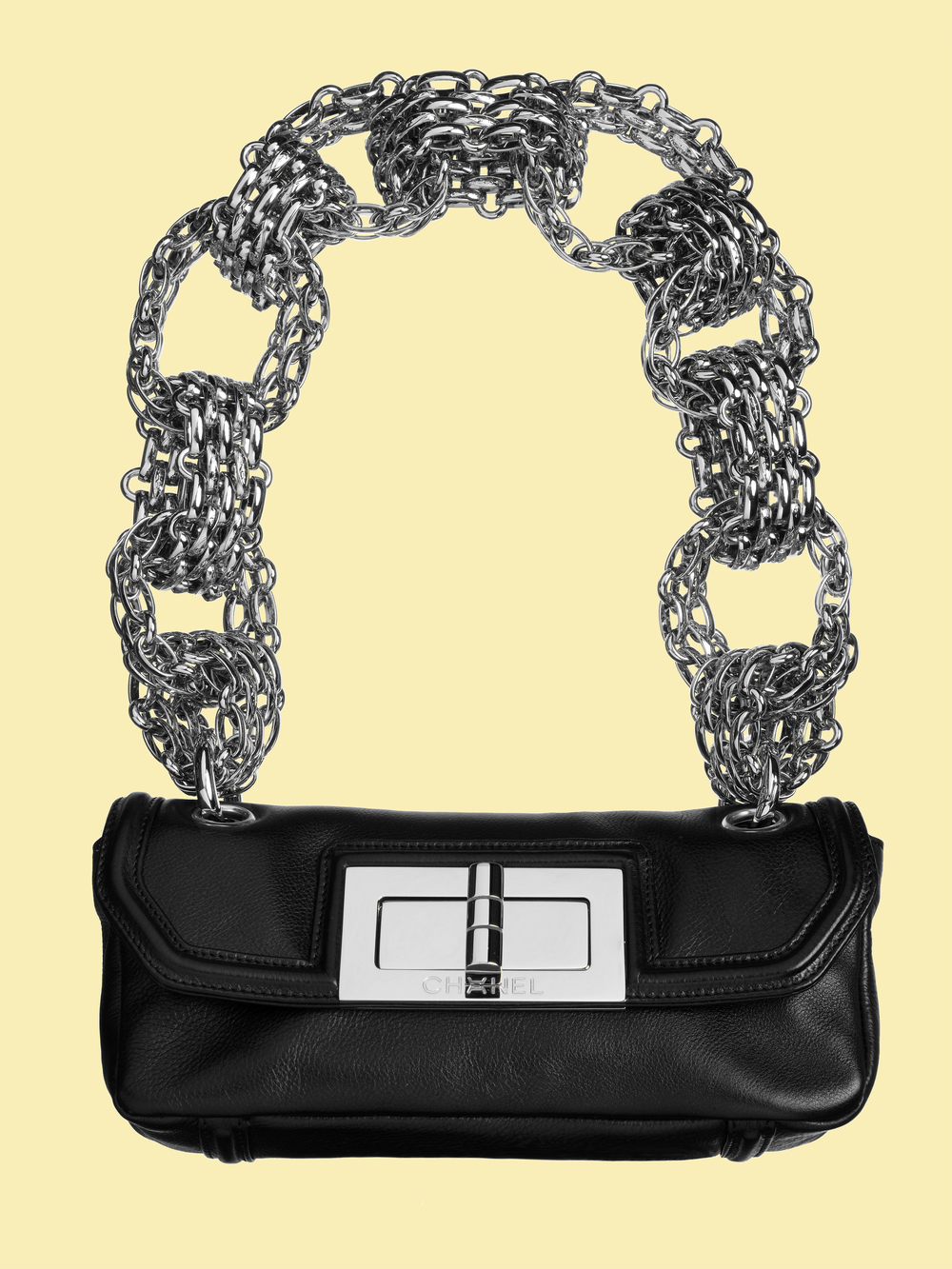 001 CHANEL big chain bag.jpg