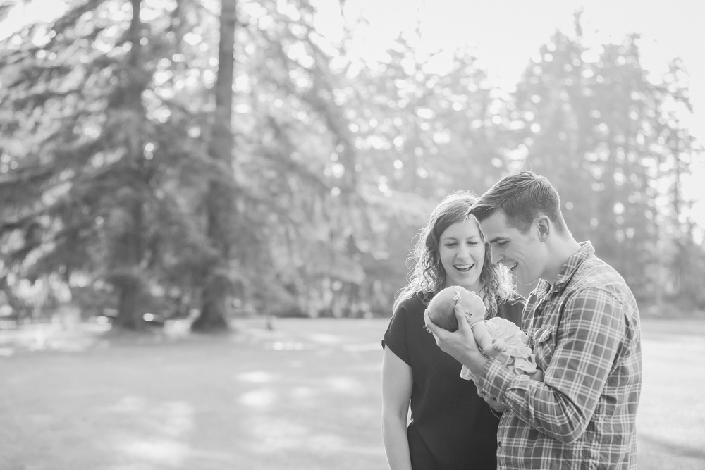 Family - BW (6 of 155).jpg