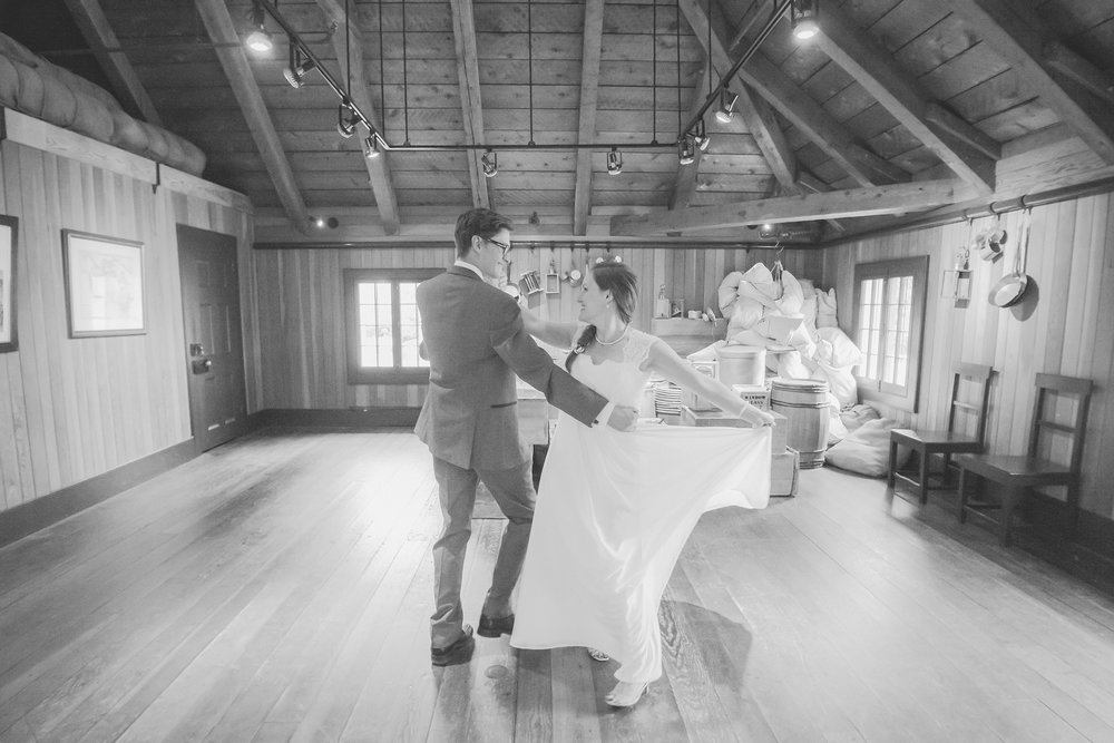 Dayna and Dylan - BW (273 of 793).jpg