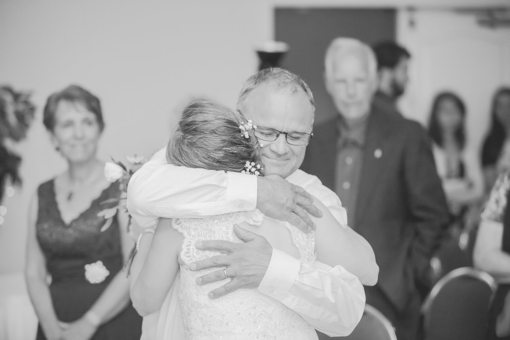 Dayna and Dylan - BW (445 of 793).jpg