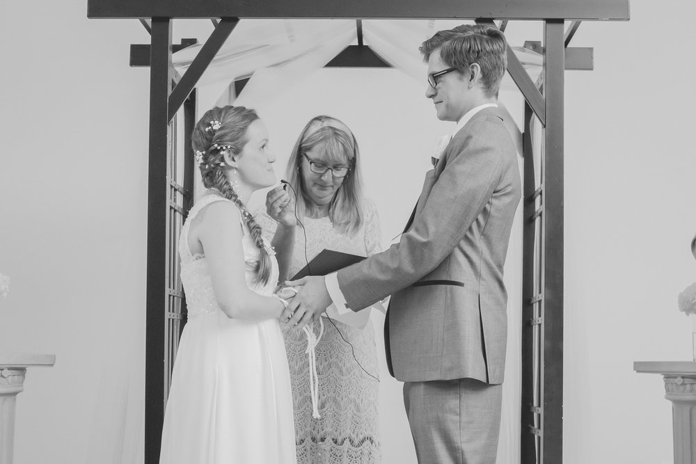 Dayna and Dylan - BW (486 of 793).jpg
