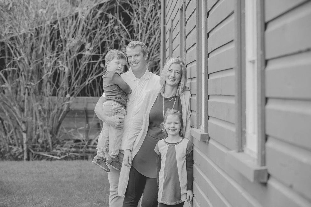 Family BW (41 of 166).jpg