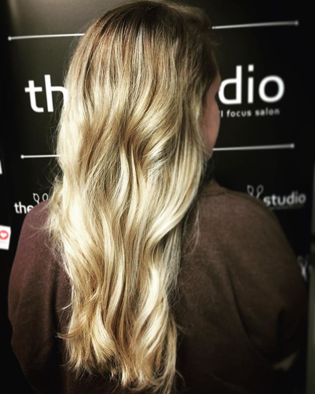 Traditional highlights done by Elizabeth.  She will be back in on Saturday and does have some opening that evening, as well as some next week! Call in to book with her ! @eli.jane.hair #elijanehair #thestudio #thestudiosalon #paulmitchell #labelmusa #blonde #highlights #traditionalhighlights #springscoming #thedemi #womenshair #womensfashion #cle #cleveland #ohiocity #ohio #clevelanshair #ohiocityhair #keepitlocalcle