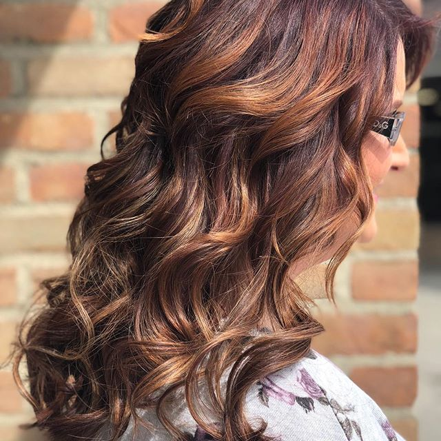 Looking to hair fuller thicker hair? Fill in your thin sides ? Let me help! #hairextensions #hairstyles #hairideas #newguestspecial @todaysbride #weddinghairstyle #weddingplanning #weddingprep @rachellemyarnell @the.studio.salon @facetsalonandspa @studio.3 @whiteponddayspa @platinumseamless @behindthechair_com #oneshot_hairextensions