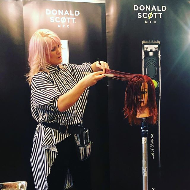 sharing my passion with a in salon razor class featuring @donaldscottnyc #razorartistry #ohiohairstylist #lifestyle #shareinmydream #lovemyjob❤️