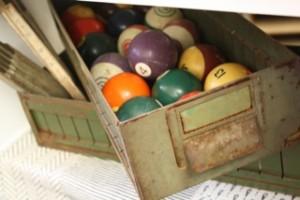 R+R-billiards
