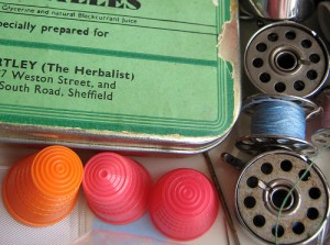 Vintage-Thimble-Jewelry-Accessories