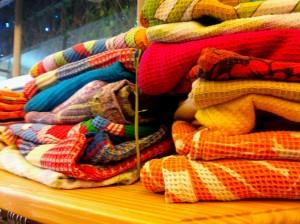1970s-textiles-vintage-blankets-prints