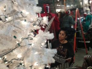 Artists-and-Fleas-Williamsburg-Brooklyn-Holiday-Bazaar