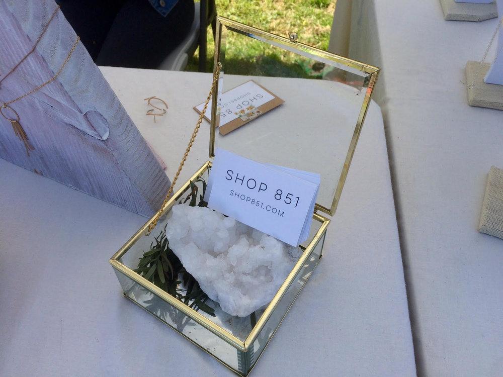 Shop 851