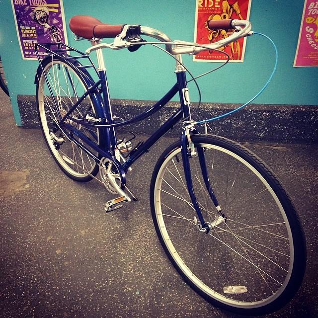 New bikes!! #civiacycles #stepthrough #beautifulbikes #bikechicago