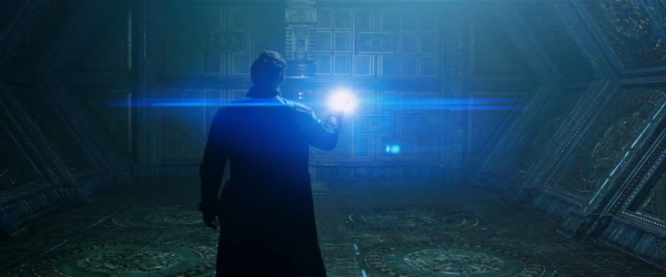 Horizontal blue anamorphic style flares abound in GotG.