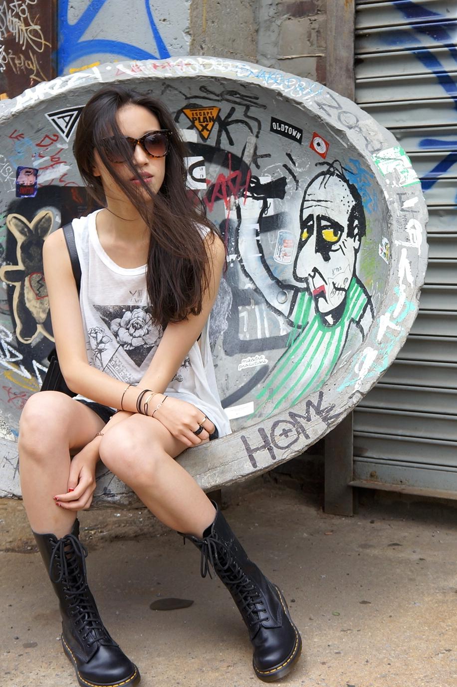 眼鏡:Stylenanda http://en.stylenanda.com/