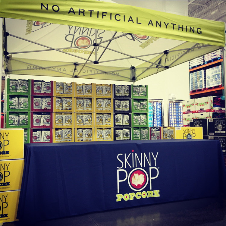 "Atlanta-based  SkinnyPop  will be loading us up with earth-friendly snacks! ""No artificial anything"" in their products, meaning they do not add any artificial or synthetic ingredients, colors, flavors, or preservatives to them."