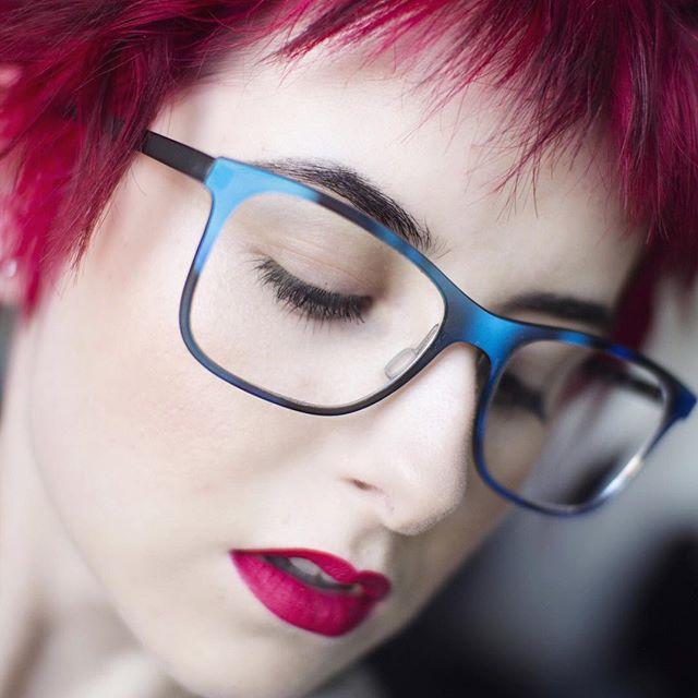 😎💄💕 #seeeyewear #sephora #hairbangs #ACOLORSTORY