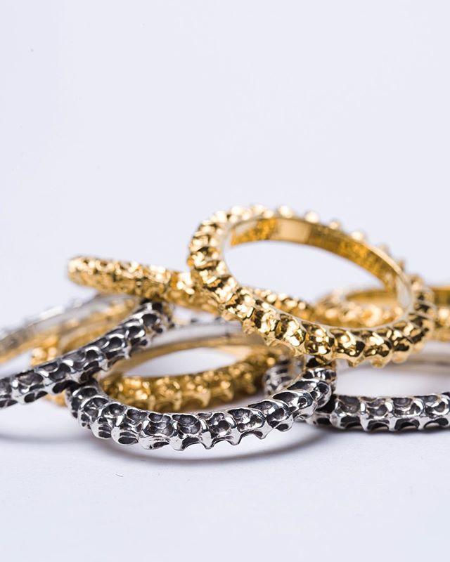 Shin sterling silver and 24k gold   #keishigenaga #artisanjewellery #handcraftedjewelry #finejewelry #sterlingsilver #silver925 #24k #24kgold #madeintokyo #madeinjapan #avantgarde