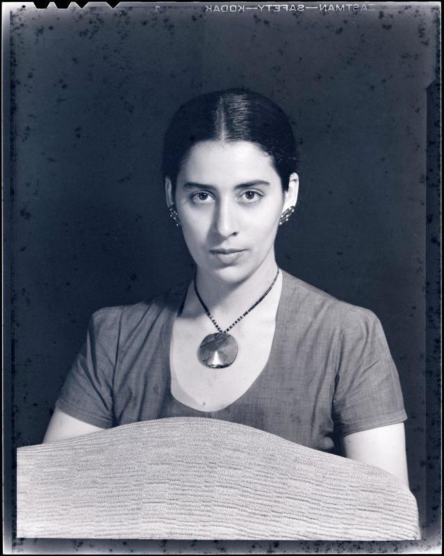 Man Ray, Luchita Hurtado 1947.jpg-2.png