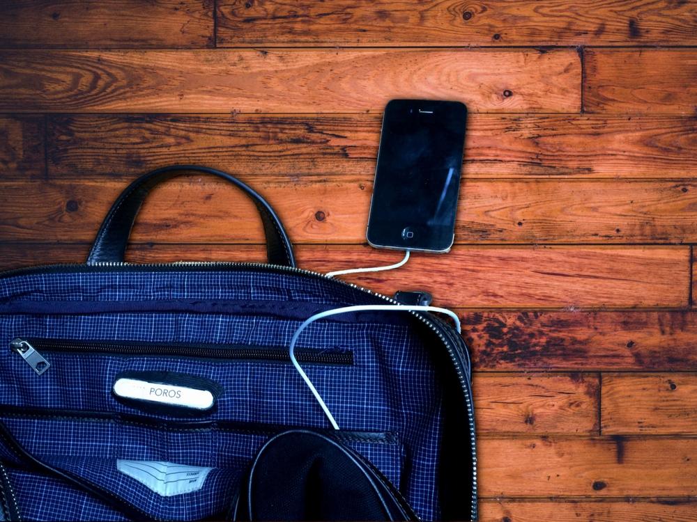 Poros Briefcase Charging Phone