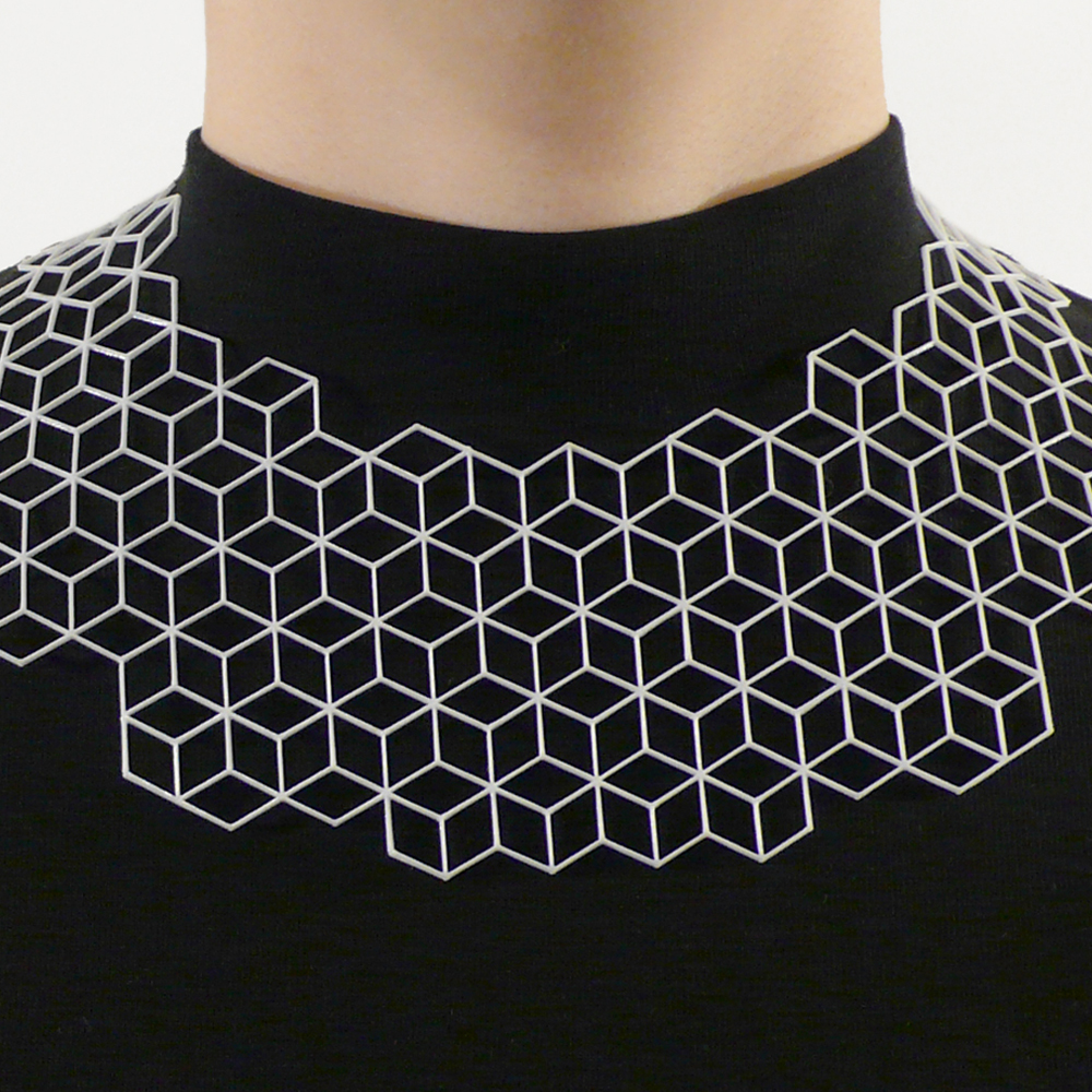 RN_RHOMBI necklace.jpg