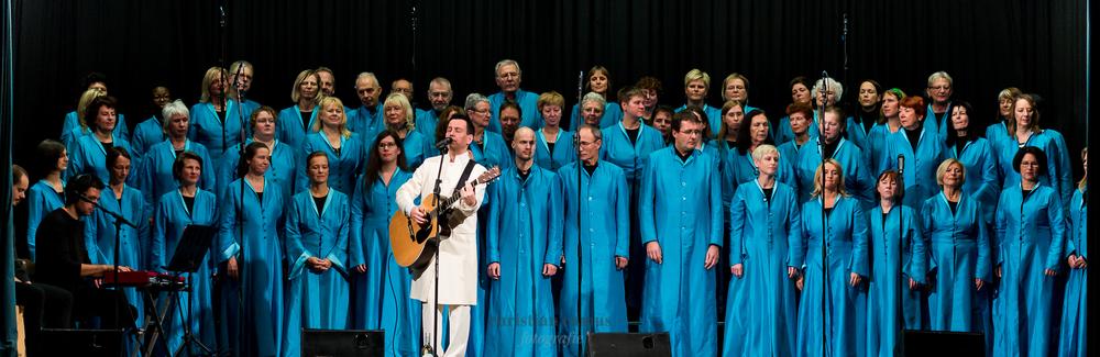 LFG_Singers_fb-_CCB4467.jpg