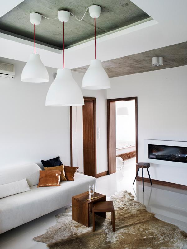 BAR_interior1_020.jpg