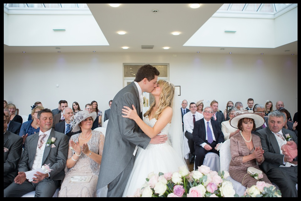 wedding photographer stoke on trent upper house barlaston 07.jpg