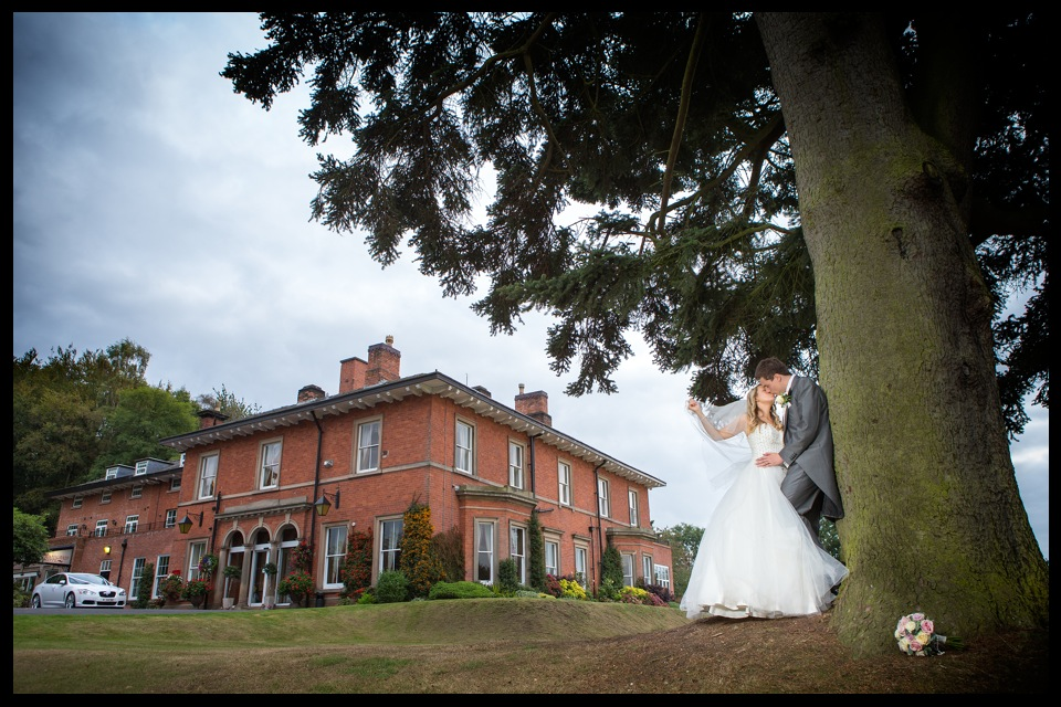 wedding photographer stoke on trent upper house barlaston 13.jpg