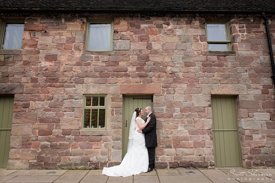 wedding-photographer-stoke-on-trent-the-ashes-endon-19.jpg