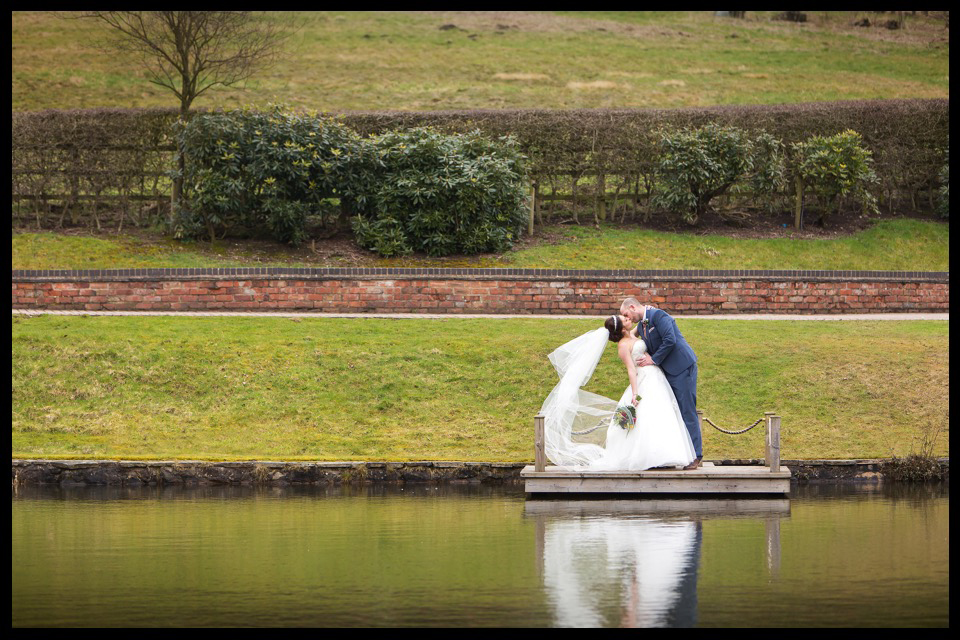 wedding photographer stoke on trent staffordshire cheshire moddershall oaks 11.jpg