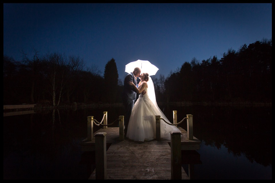 wedding photographer stoke on trent staffordshire cheshire moddershall oaks 14.jpg