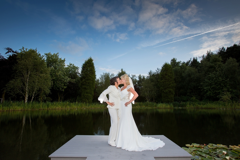wedding photographer stoke on trent staffordshire moddershall oaks 15.jpg