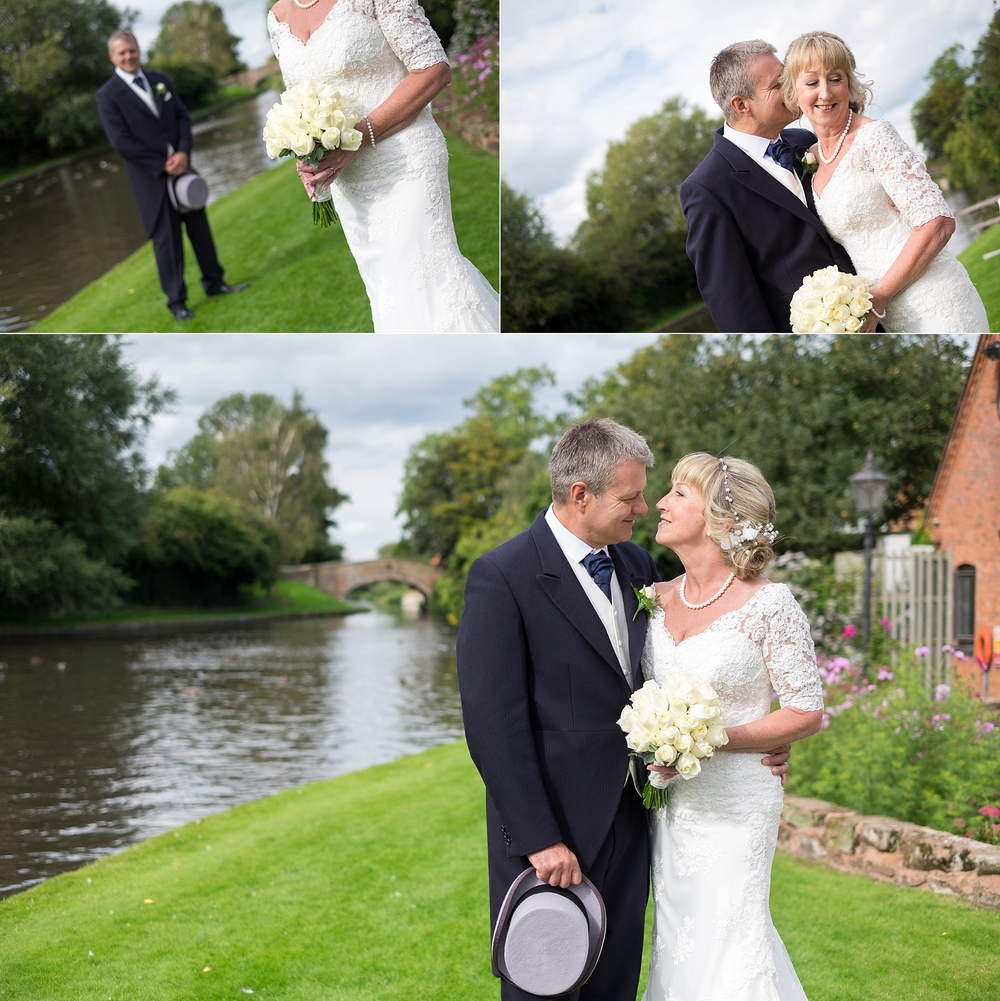wedding photographer stoke on trent moat house acton trussell stafford 3.jpg