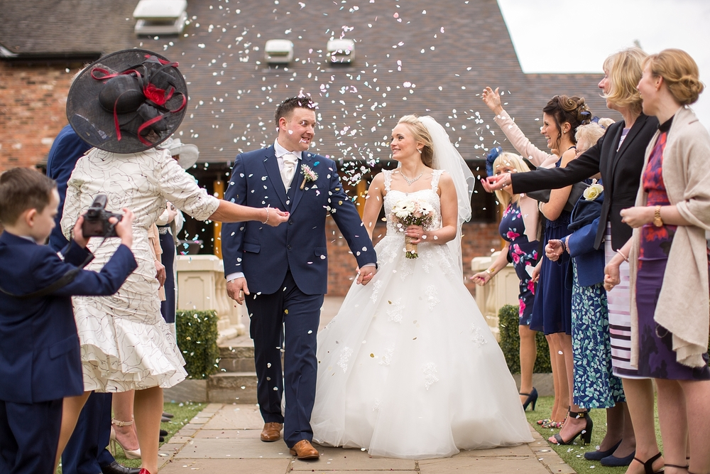 wedding photographer moddershall oaks stoke on trent 11.jpg