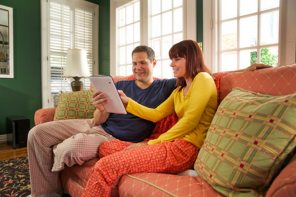 15 - Couple on the Couch w iPad.jpg