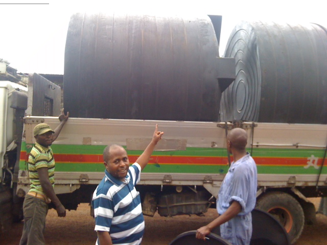 Water Tanks on Truck and Didi