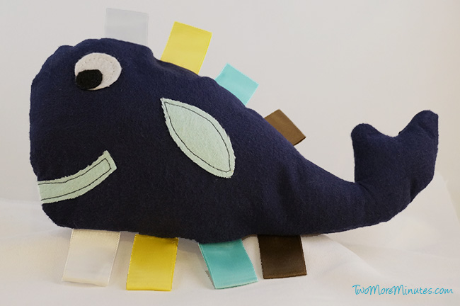 whale_tag_toy2