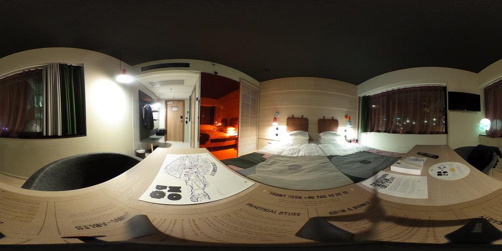 Hobo hotel.