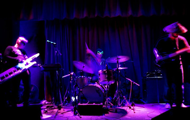 Live Spike Hill Nov 2010.jpg