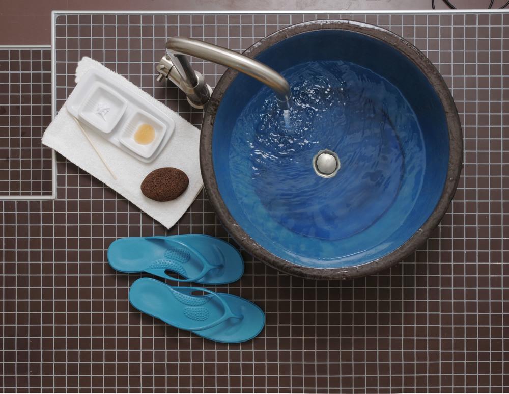 pedicure bowl.jpg