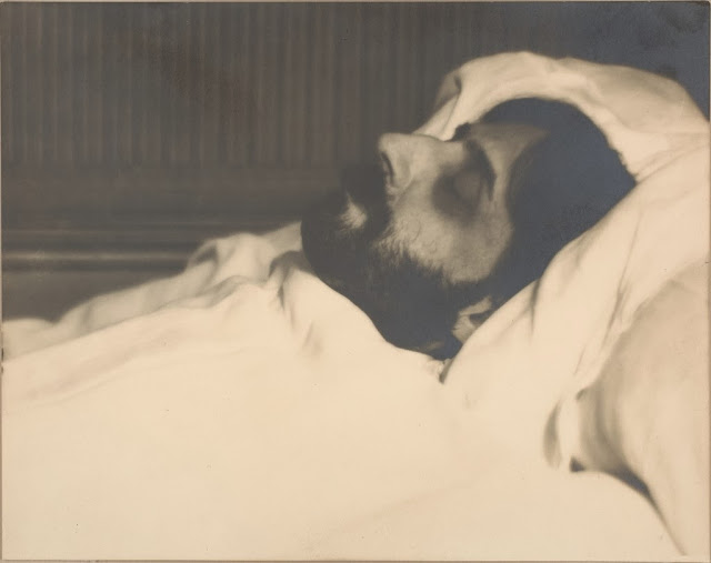 Marcel Proust on his death-bed, the pic was taken by Man Ray