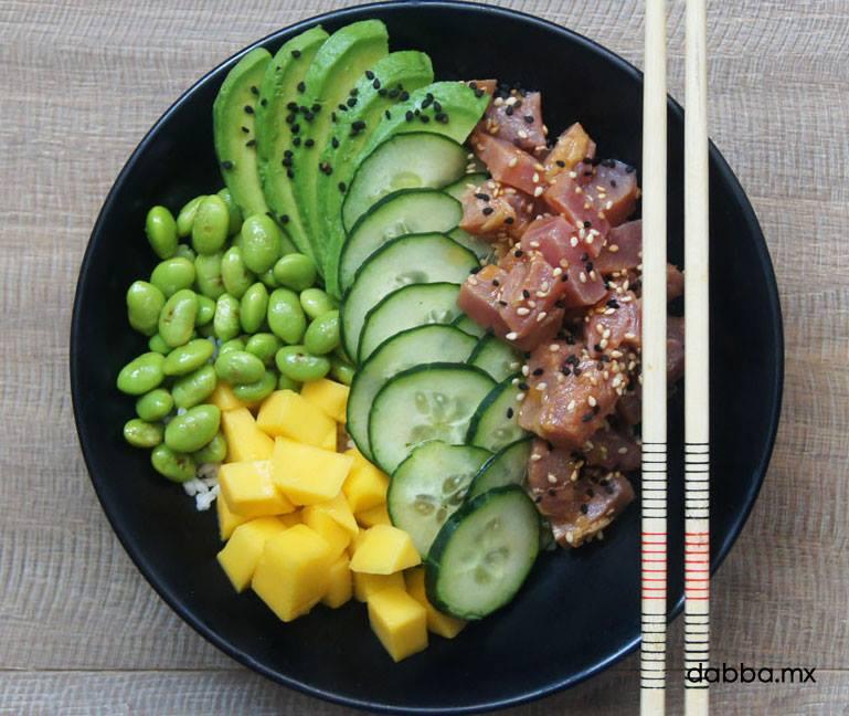 El delicioso Tuna Quinoa Poke Bowl de Dabba.