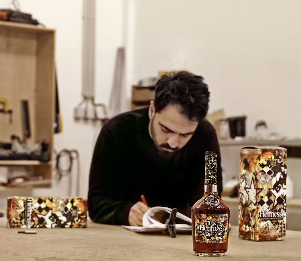 Hennessy_VS_Limited_Edition_by_Vhils_5514.jpg