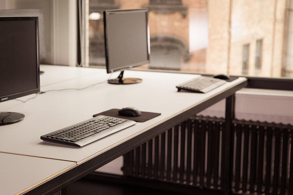 projects_fancy_desks_window.jpg