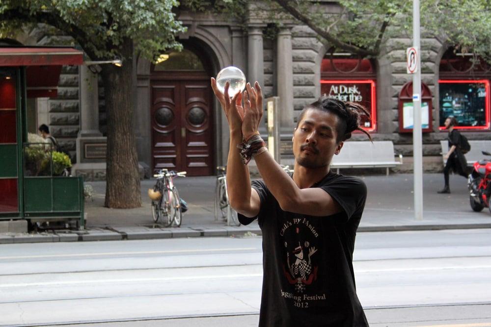 street_performer_1_AnnaHartley.JPG